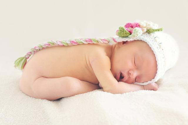Praktyczne porady od czego zacząć rozszerzanie diety niemowlaka