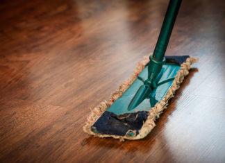 Środki czyszczące do różnych powierzchni