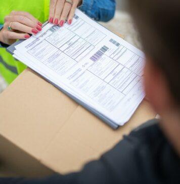 Które firmy gwarantują śledzenie przesyłek